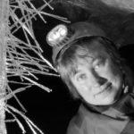 Geologa e speleologa
